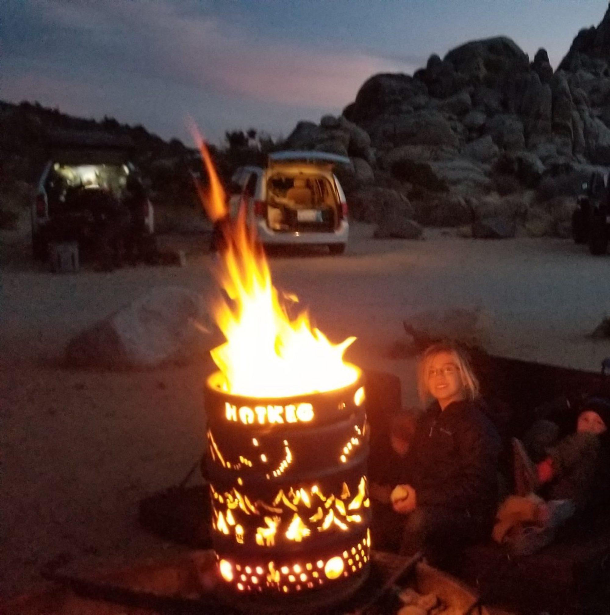 Hotkeg smokeless fire-pit